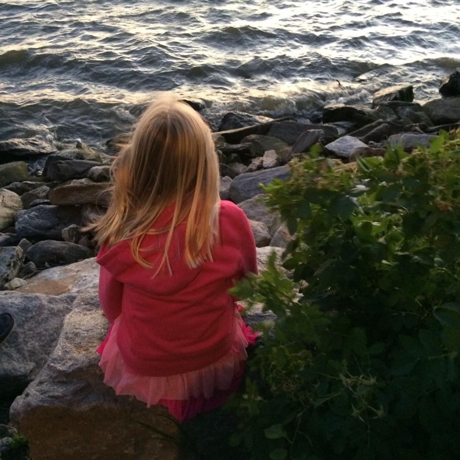 memory, memory lane, reflecting, new york, hudson river, waiting for fireworks, thought piece, babysitting,