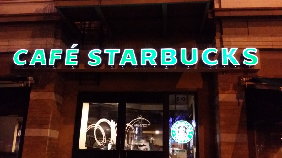 Montreal, Starbucks, Cafe Starbucks, french language, French-Canadian, Canada, Quebec, city life, tourist attractions, fast food, cheap eats, coffee