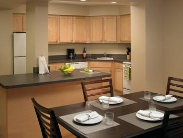 Furnishing An Apartment On A Budget Cleaving Leaveland